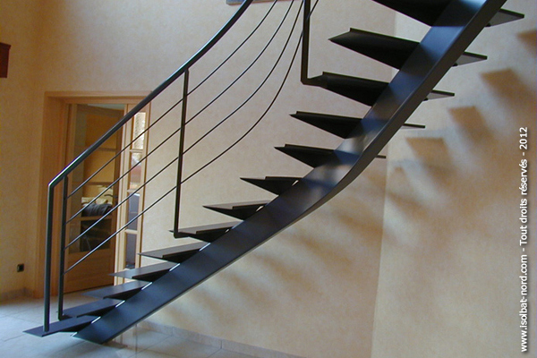 Escalier à Limon Central